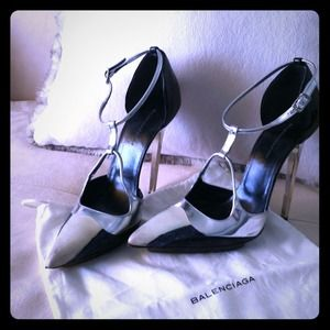 Balenciaga Shoes - Reserved for @mmzabal - Balenciaga t-straps