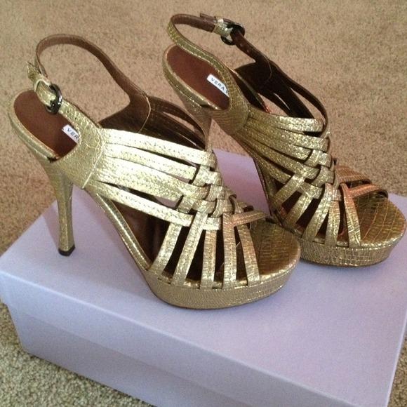 Vera Wang Shoes - Vera Wang Lavender strappy heels