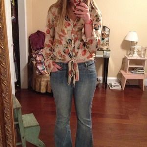 Tops - Tinley road floral top