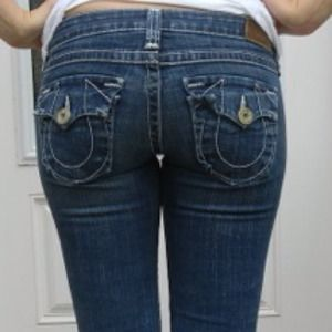 Large stitch capri's