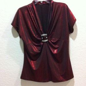Tops - Top metallic burgundy NWOT Reduced