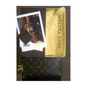 Louis Vuitton Clutches & Wallets - Louis Vuitton Monogram Canvas 'Insolite' wallet