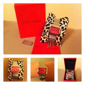 Betsey Johnson Accessories - ❌SOLD❌Betsey Johnson Watch