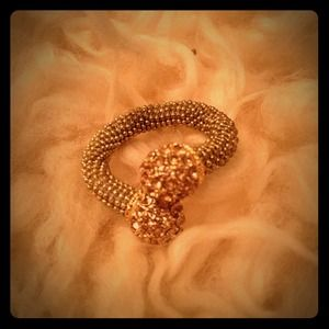 Jewelry - Gold bejeweled wrap ring!!