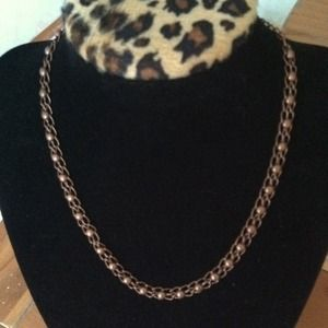 🐩Bronze tone chain in intricate weave