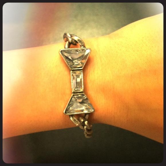Jewelry - Bow bracelet
