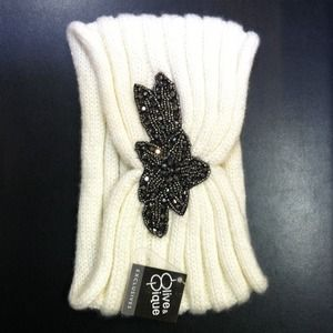 olive & piqué  Accessories - Winter headband NWT