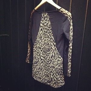 tresics Tops - Leopard top