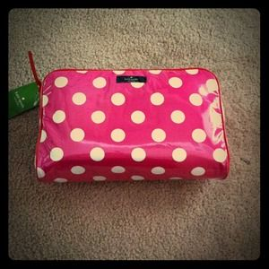 kate spade Accessories - ✨RESERVED✨NWT Kate Spade Large Pink cosmetic bag