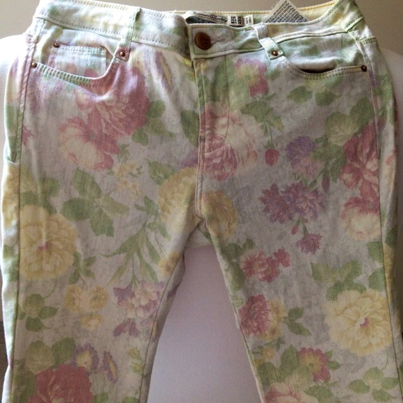 Zara Denim - Zara floral skinnies 3