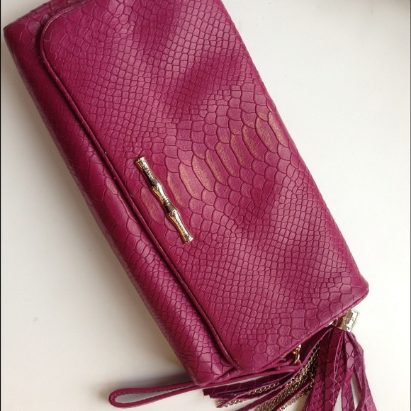 Elaine Turner Handbags - Elaine Turner Snake Flap Clutch in Fuschia