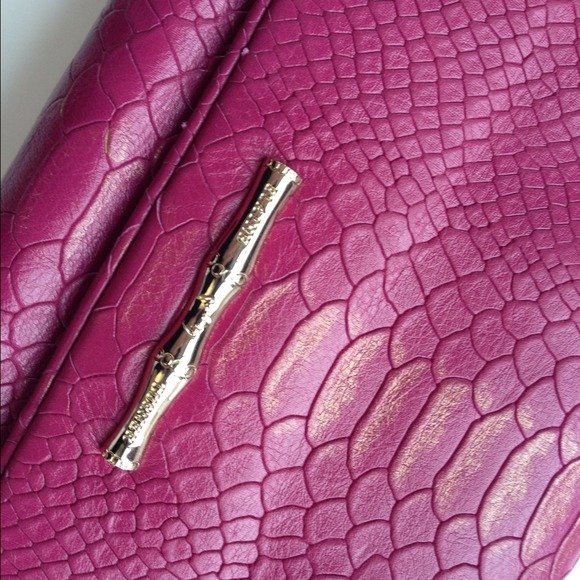 Elaine Turner Handbags - Elaine Turner Snake Flap Clutch in Fuschia 2
