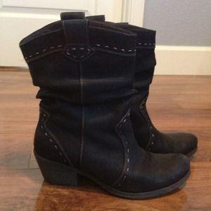 Black Clarks leather cowboy boots