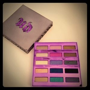 urban decay Accessories - ❌SOLD❌ 🎀 Authentic Urban Decay 🎀