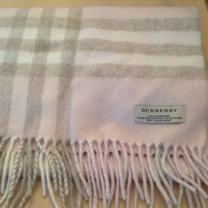 Burberry Accessories - [Reserved]Burberry Giant Check Cashmere Scarf