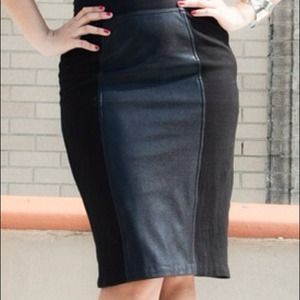 REDUCED. Betsey Johnson panel skirt