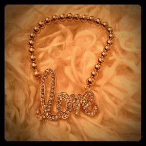 Jewelry - Gold love bracelet! ❤