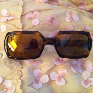 CHANEL Accessories - REDUCED AUTHENTIC CHANEL Sunglasses TortoiseFrame