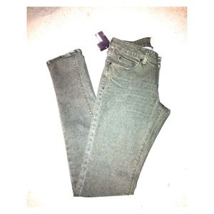 Denim - 💥Reduced💥New OBEY Olive Green Skinny Jeans