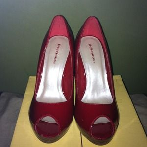 Shoes - Nwt red patent leather pumps