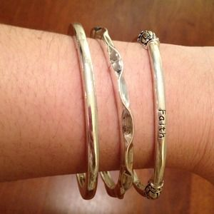 Jewelry - BNWOT Silvertone Stretch Bracelets Set of 3