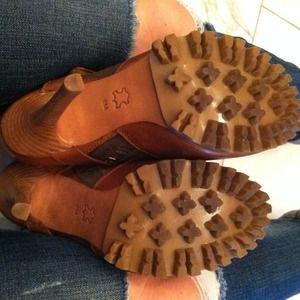 Tory Burch Shoes - Open Toe Booties w/Lug Sole 3