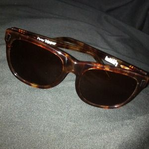 Brand new in box Ashbury Daytripper sun glasses