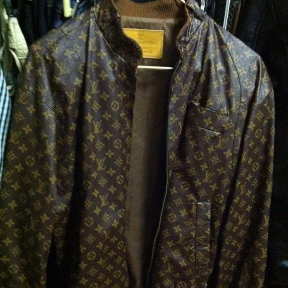 ec99ca9d2e05 Louis Vuitton Jackets   Blazers - AUTHENTIC LV UNISEX JACKET..NEG😉