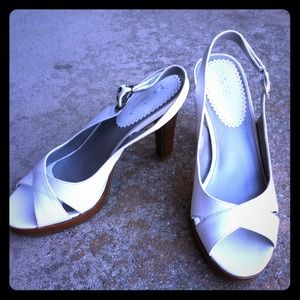 Shoes - Brand new white heels!!