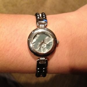 Accessories - *PRICE REDUCED* Quartz Watch