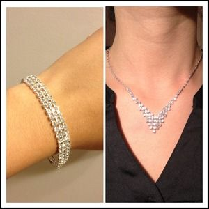 Jewelry - NECKLACE & BRACELET WITH SPARKLING STONES SET