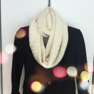 Juicy Couture Accessories - ⬇Juicy Couture Cream Sequined Infinity Scarf