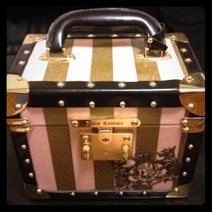 Reserved - Juicy couture train makeup case.