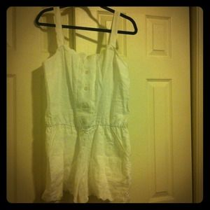 Juicy Couture Pants - 🎉SALE🎉White juicy couture linen romper size 12