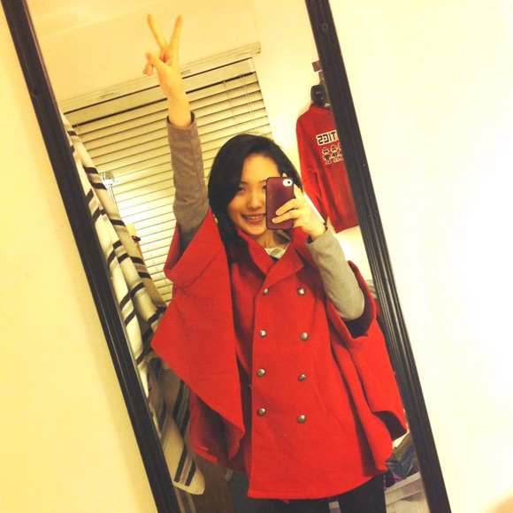 Outerwear - Red cape jacket