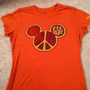 Tops - Lrg Tissue Paper Disney T-Shirt