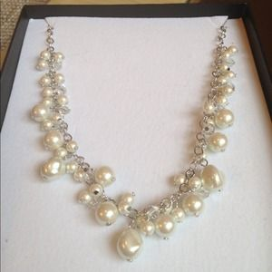 Jewelry - ❌SOLD❌ in bundle🔵Gorgeous Pearls Necklace