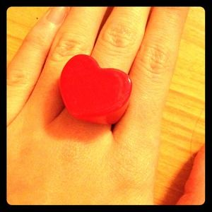 Vintage Red Heart Ring