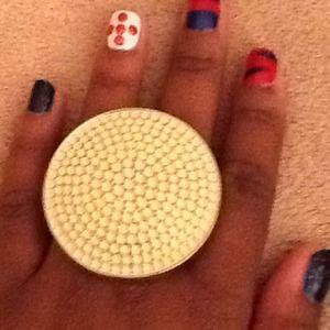 Jewelry - *NEW PRICE*Oversized Disc Ring