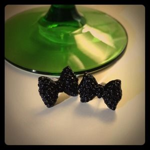 Jewelry - Black Bow Earrings