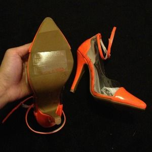 Shoes - NWB cap toe heels 3