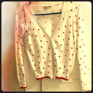 Sweaters - NEW white cardigan with red hearts