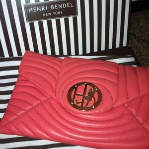⭐Just REDUCED! NWOT Henri Bendel clutch/ shoulder