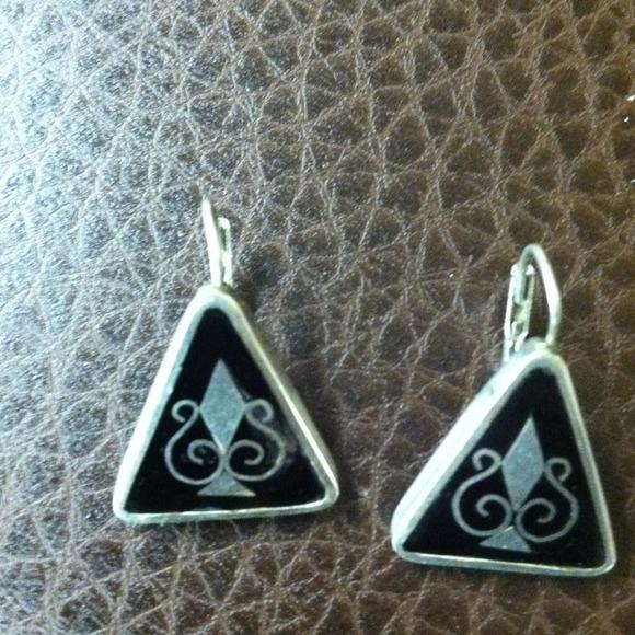 Jewelry - Mexican Sterling Silver earrings pierced!