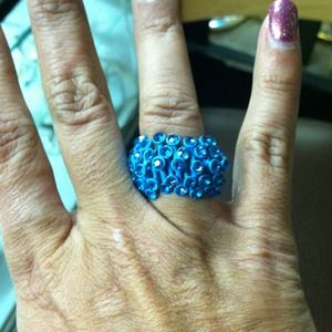Jewelry - Blue Ring with Blue Rhinestones!