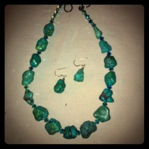 Jewelry - Turquoise Necklace and Earrings!!