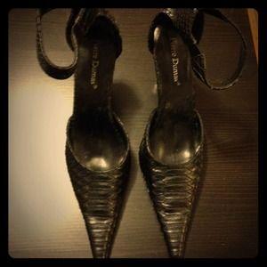 HOLD Super sexy Pierre Dumas snake skin heels