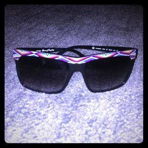 Juicy Couture Accessories - Juicy Couture Aztec print sunglasses