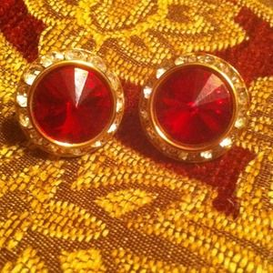 Jewelry - Clip on Gold red crystal and rhinestone earrings