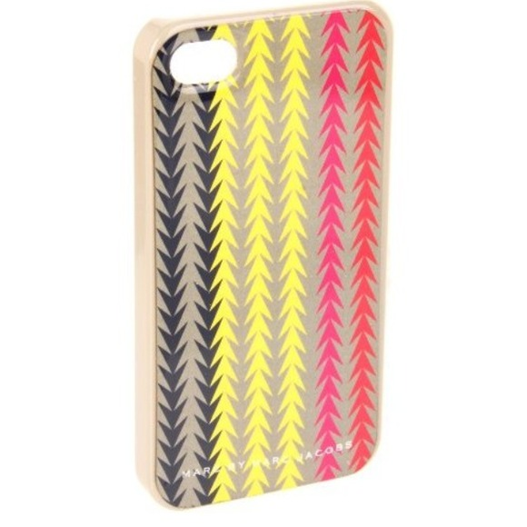 Marc by Marc Jacobs Accessories - Marc Jacobs arrowhead iPhone case